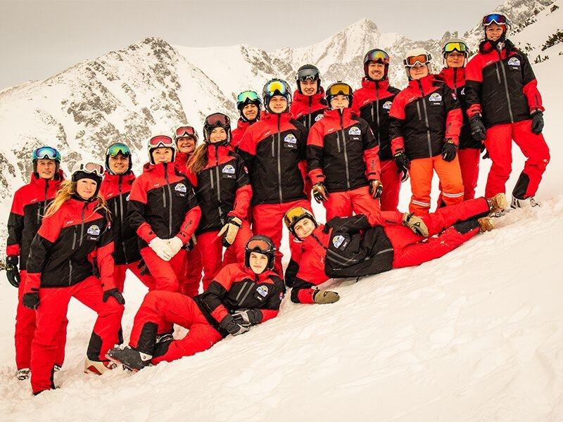 Inštruktori lyžiarske školy Park Ski School